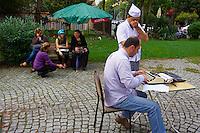 Turquie, Istanbul, ecrivain public, quartier de Sultanahmet // Turkey, Istanbul, public writer,<br /> Sultanahmet neighborhood
