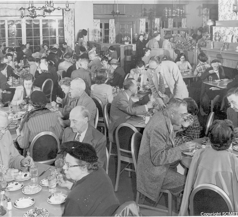 1952 Interior of Tick Tock Restaurant on Cahuenga Blvd.