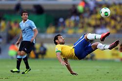 Fred tenta voleio na partida entre Brasil e Uruguai válida pela Copa das Confederações, no Estádio Mineirão, em Belo Horizonte-MG. FOTO: Jefferson Bernardes/Preview.com