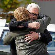 NLD/Amstelveen/20120917 - Uitvaart Rosemarie Smid - Giesen van der Sluis, Ernst Daniel Smid, dochter Coosje en Dennis van tellingen