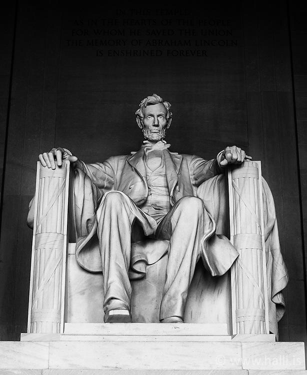 Statue of Abraham Lincoln in Washington - Stytta af Abraham Lincoln, Minnisvarði í Washington