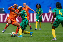 15-06-2019 FRA: Netherlands - Cameroon, Valenciennes<br /> FIFA Women's World Cup France group E match between Netherlands and Cameroon at Stade du Hainaut / Shanice van de Sanden #7 of the Netherlands, Genevieve Ngo Mbeleck #20 of Cameroon