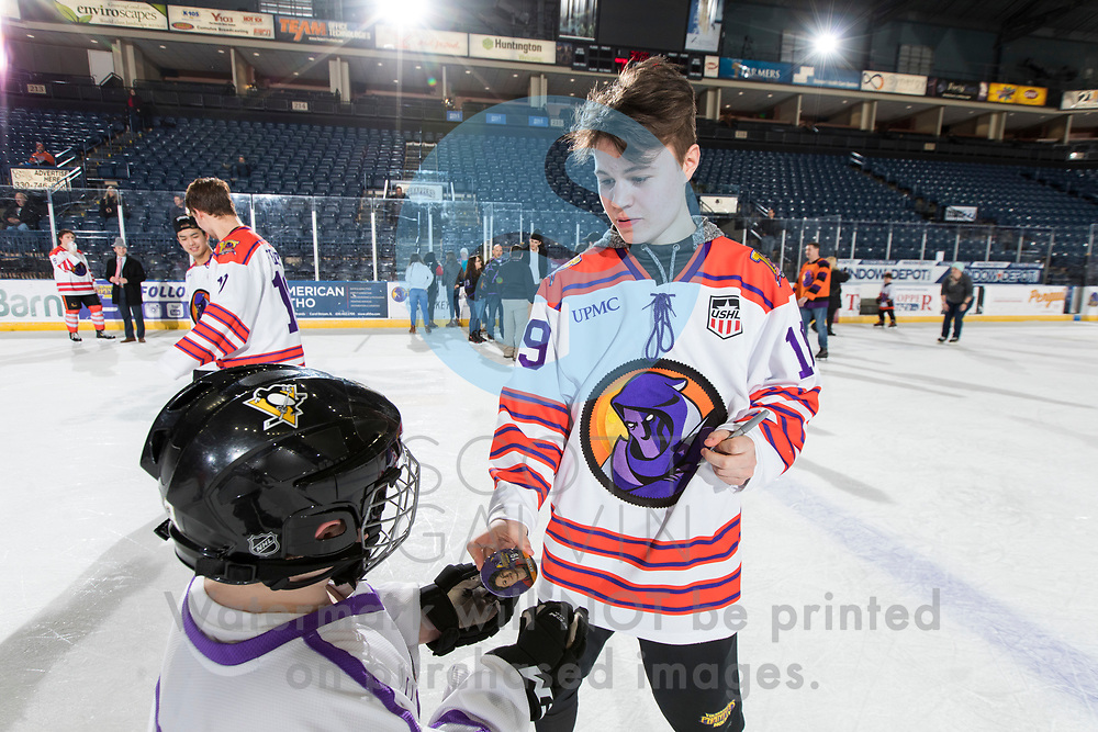 Youngstown Phantoms win 5-3 against the Tri-City Storm at the Covelli Centre on January 18, 2020.<br /> <br /> Ben Schoen, forward, 19