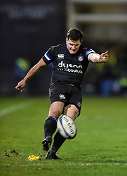 Freddie Burns of Bath Rugby kicks for the posts - Mandatory byline: Patrick Khachfe/JMP - 07966 386802 - 10/01/2020 - RUGBY UNION - The Recreation Ground - Bath, England - Bath Rugby v Harlequins - Heineken Champions Cup