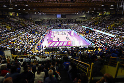 11-05-2017 ITA: Finale Liu Jo Modena - Igor Gorgonzola Novara, Modena<br /> Novara heeft de titel in de Italiaanse Serie A1 Femminile gepakt. Novara was oppermachtig in de vierde finalewedstrijd. Door een 3-0 zege is het Italiaanse kampioenschap binnen. / Een goed gevuld PalaPanini sporthal<br /> <br /> ***NETHERLANDS ONLY***