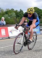 Photo: Paul Greenwood/Richard Lane Photography. Strathclyde Park Elite Triathlon. 17/05/2009. <br />England's Jodie Swallow in the cycle part of the Triathlon