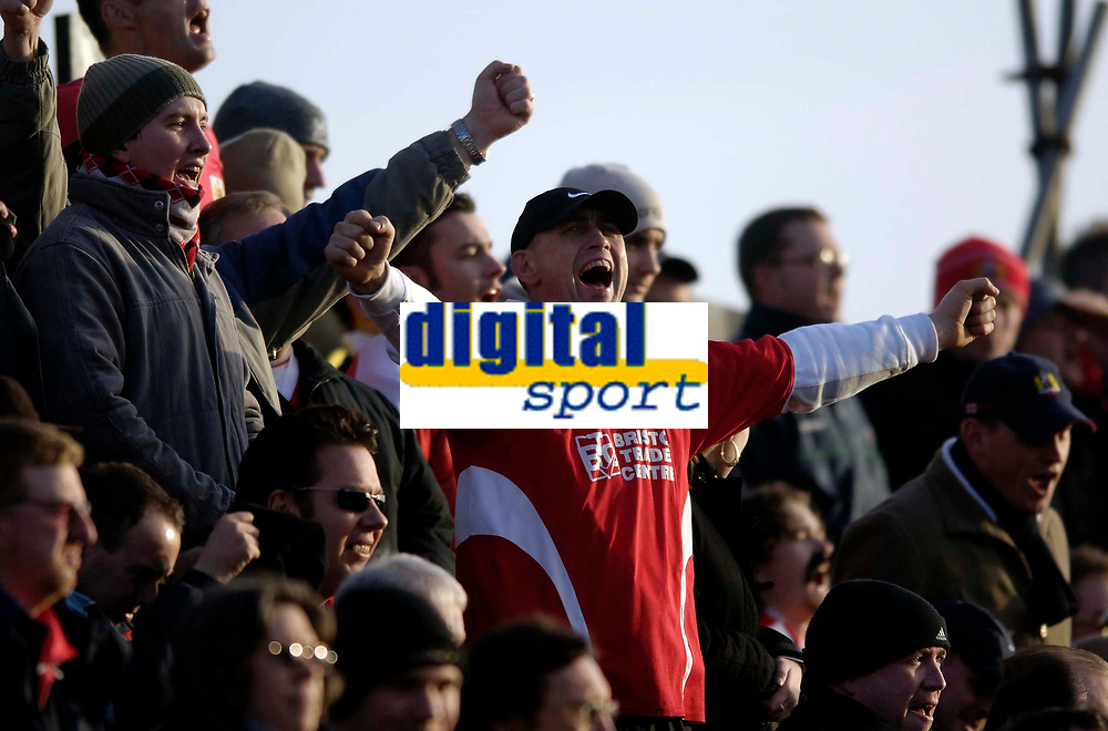 Photo: Jed Wee.<br />Blackpool FC v Bristol City. Coca Cola League 1. 21/01/2006.<br />Bristol fans in good voice during the game.