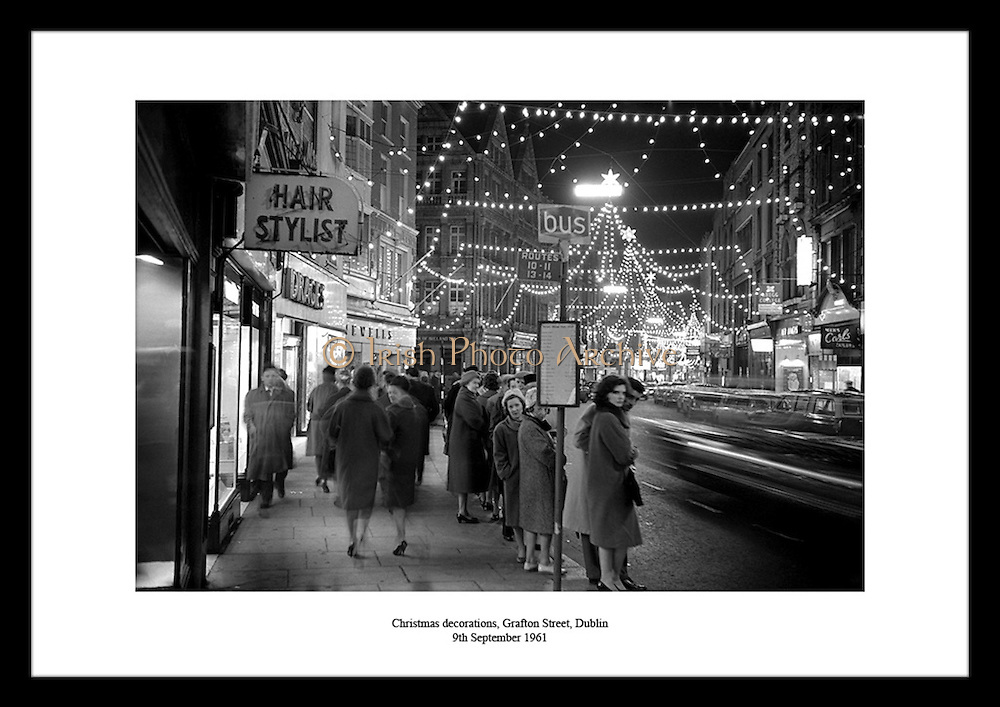 Find a traditional 30th anniversary gift on irishphotoarchive.ie.Discover tens of thousands of black and white photographs to line your walls and to inspire your life. Discover our e-shop for old Irish picture prints.