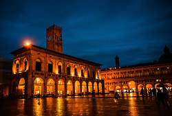 Flooflit buildings in the Piazza Maggiore on a wet rainy evening, Bologna, Italy<br /> <br /> (c) Andrew Wilson | Edinburgh Elite media