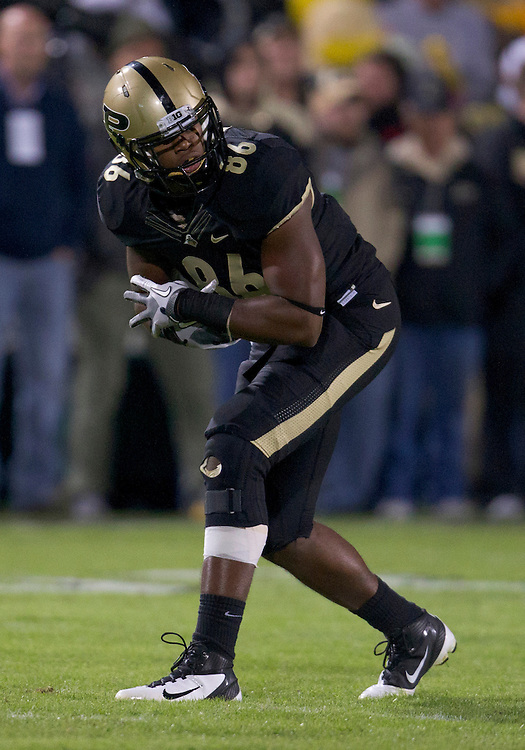 October 01, 2011:  Purdue tight end Gabe Holmes (#86) during NCAA Football game action between the Notre Dame Fighting Irish and the Purdue Boilermakers at Ross-Ade Stadium in West Lafayette, Indiana.  Notre Dame defeated Purdue 38-10.