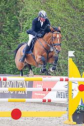 09.2, Youngster-Springprfg. Kl. M** 8j. Pferde,Ehlersdorf, Reitanlage Jörg Naeve, 13.05. - 16.05.2021, Thomas Voss (GER), Teulonia 3,