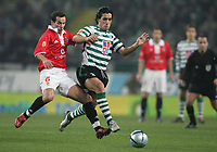 """PORTUGAL - LISBOA 08 JANUARY 2005: PETIT #6 and CUSTODIO #27 in the 16¼ leg of the Super Liga, season 2004/2005, match  Sporting CP vs SL Benfica (2 - 1), held in """"Alvalade XXI"""" stadium,  08/01/2005  22:01:22<br />(PHOTO BY: NUNO ALEGRIA/AFCD)<br /><br />PORTUGAL OUT, PARTNER COUNTRY ONLY, ARCHIVE OUT, EDITORIAL USE ONLY, CREDIT LINE IS MANDATORY<br /> AFCD-PHOTO AGENCY 2005 © ALL RIGHTS RESERVED"""