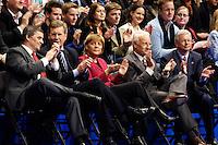 09 APR 2005 OBERHAUSEN/GERMANY:<br /> Peter Mueller, CDU, Ministerpraesident Saarland, Christian Wulff, CDU, Ministerpraesident Niedersachsen, Angela Merkel, CDU Bundesvorsitzende, Edmund Stoiber, CSU, Ministerpraesident Bayern, Roland Koch, CDU, Ministerpraesident Hessen, (v.L.n.R.), Wahlkampfauftaktveranstaltung zur Landtagswahl in Nordrhein-Westfalen, Koenig-Pilsener-Arena<br /> IMAGE: 20050409-01-072<br /> KEYWORDS: Peter Müller, Applaus, applaudieren, klatschen
