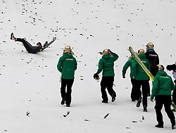 18.03.2012, Planica, Kranjska Gora, SLO, FIS Ski Sprung Weltcup, , im Bild Anders Bardal und das Team aus NOR,   during the FIS Skijumping Worldcup, at Planica, Kranjska Gora, Slovenia on 2012/03/18. EXPA © 2012, PhotoCredit: EXPA/ Oskar Hoeher.