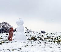 Snowboarding snowman Stratford upon Avon Warwickshire photo by Mark Anton Smith
