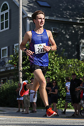 39th Yarmouth Clam Festival 5 Mile Road Race<br /> Saucony