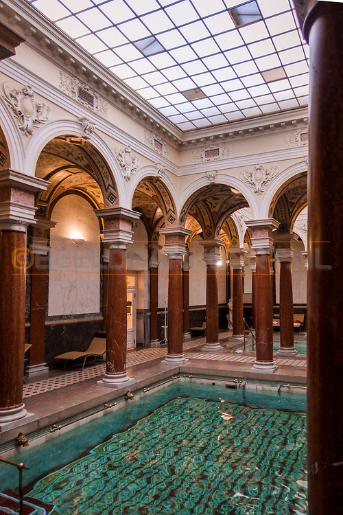 20-09-2015: Hotel Nove Lazne in Marianske Lazne (Marienbad), Tsjechië.<br /> Foto: Romeins bad