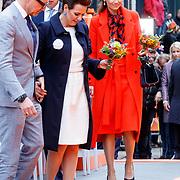 NLD/Groningen/20180427 - Koningsdag Groningen 2018, Bernhard en partner Annette Sekreve, Aimee Sohngen