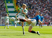 Fotball<br /> Foto: Fotosports/Digitalsport<br /> NORWAY ONLY<br /> <br /> Date: 29/08/2004<br /> <br /> Glasgow Celtic v Glasgow Rangers<br /> <br /> Scottish Premier League<br /> <br /> Celtic's new signing Juninho (L) has a shot blocked by Rangers' Gregory Vignal