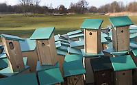ALPHEN AAN DEN RIJN - Vogelhuisjes, nestkast.. Golfclub Zeegersloot heeft het GEO certificaat in ontvangst genomen;. COPYRIGHT KOEN SUYK