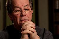 05 JAN 2005, BERLIN/GERMANY:<br /> Franz Muentefering, SPD Partei- und Fraktionsvorsitzender, waehrend einem Interview, Restaurant Tucher<br /> Franz Muentefering, Chairman of the Social Democratic Party Germany, during an interview<br /> IMAGE: 20050105-02-021<br /> KEYWORDS: Franz Müntefering