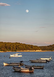THEMENBILD - der Vollmond über der Adria mit Booten, aufgenommen am 26. Juni 2018 in Pula, Kroatien // the full moon over the Adriatic with boats, Pula, Croatia on 2018/06/26. EXPA Pictures © 2018, PhotoCredit: EXPA/ JFK