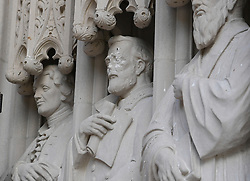 August 18, 2017 - Durham, North Carolina, USA - Damaged statue of general Lee at the entrance of the Duke University Chapel in Durham, N.C. on Friday, August 18, 2017. (Credit Image: © Fabian Radulescu via ZUMA Wire)