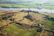 Nederland, Gelderland, Wageningen, 11-02-2008; Bovenste Polder onder Wageningen, uiterwaard aan de Neder-Rijn, met (voormalige) boerderijen; het gebied zal (gedeeltelijk) ingericht worden als nieuw natuurgbied, er wordt een moeraszone met amfibieënpoel aangelegd; ingeval van hoogwater kunnen diren droog blijven op hoogwatervluchtplaatsen; neder rijn, nederrijn..luchtfoto (toeslag); aerial photo (additional fee required); .foto Siebe Swart / photo Siebe Swart