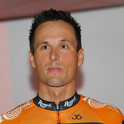 02-01-2015: Wielrennen: Presentatie Roompot Orange Cycling Team: Rotterdam<br /> Johnny Hoogerland