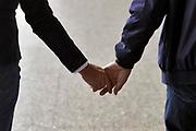 Nederland, Utrecht, 21-4-2019Twee oudere mensen houden elkaars hand vast . Foto: Flip Franssen