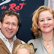 NLD/Amsterdam/20161120 - premiere Ciske de Rat de Musical, Hilke Bierman en partner Thijs van Aken en .............