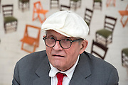 © Licensed to London News Pictures. 14/05/2015. London, UK David Hockney at a photocall for his exhibition of paintings and photography at the Annely Juda Fine Art gallery in central London today 14th May 2015. Photo credit : Stephen Simpson/LNP