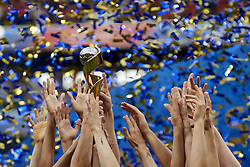 July 7, 2019 - Lyon, France - USA players lifts the trophy after winning the 2019 FIFA Women's World Cup France Final match between The United State of America and The Netherlands at Stade de Lyon on July 7, 2019 in Lyon, France. (Credit Image: © Jose Breton/NurPhoto via ZUMA Press)