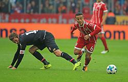20170916, 1.BL. FCB vs Mainz 05, 1.Bundesliga, Allianz Arena Muenchen, Fussball, Sport, im Bild:..Stefan Bell (Mainz05) vs Thiago (FCB)...*Copyright by:  Philippe Ruiz..Postbank Muenchen.IBAN: DE91 7001 0080 0622 5428 08..Oberbrunner Strasse 2.81475 MŸnchen, .Tel: 089 745 82 22, .Mobil: 0177 29 39 408..( MAIL:  philippe_ruiz@gmx.de ) ..Homepage: www.sportpressefoto-ruiz.de. (Credit Image: © Philippe Ruiz/Xinhua via ZUMA Wire)