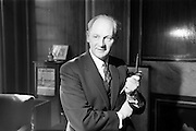 06/04/1964<br /> 04/06/1964<br /> 06 April 1964<br /> Mr Jack Lynch, Minister of Industry and Commerce.
