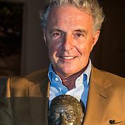 NLD/Amsterdam/20140616 - Uitreiking Johan Kaart prijs 2014, Huub Stapel met de prijs