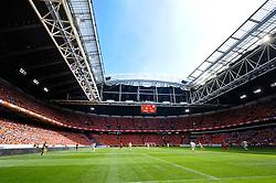05-06-2010 VOETBAL: NEDERLAND - HONGARIJE: AMSTERDAM<br /> Nederland wint met 6-1 van Hongarije / Arena volledig Oranje gekleurd support satdion support<br /> ©2010-WWW.FOTOHOOGENDOORN.NL