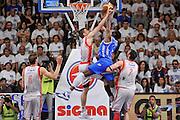 DESCRIZIONE : Campionato 2014/15 Serie A Beko Dinamo Banco di Sardegna Sassari - Grissin Bon Reggio Emilia Finale Playoff Gara4<br /> GIOCATORE : Shane Lawal Ojars Silins<br /> CATEGORIA : Tiro Penetrazione Controcampo Stoppata<br /> SQUADRA : Dinamo Banco di Sardegna Sassari<br /> EVENTO : LegaBasket Serie A Beko 2014/2015<br /> GARA : Dinamo Banco di Sardegna Sassari - Grissin Bon Reggio Emilia Finale Playoff Gara4<br /> DATA : 20/06/2015<br /> SPORT : Pallacanestro <br /> AUTORE : Agenzia Ciamillo-Castoria/L.Canu