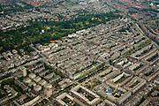 Nederland, Amsterdam, Oud-West, 17-06-2008; Oud-West met diagonaal vanaf linksonder het water van Jacob van Lennepkade, daar boven de Van Lennepbuurt, Helmersbuurt, Overtoomse Sluis / Cremerbuurt, Vondelbuurt ; Kinkerbuurt onderste deel foto; Vondelpark en Oud-Zuid boven in beeld..luchtfoto (toeslag); aerial photo (additional fee required); .foto Siebe Swart / photo Siebe Swart