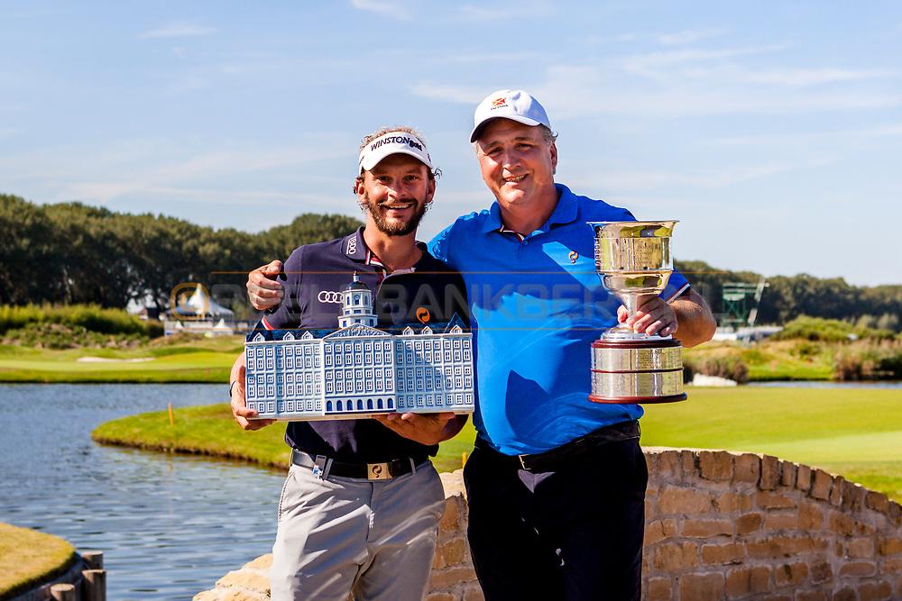 12-09-2016 Foto gemaakt tijdens de finale van het Flying Blue Platinum Golf toernooi, gespeeld op 12 september 2016 op The Dutch in Spijk. Foto: Joost Luiten en Rini van Trigt.