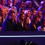 NLD/Hilversum/20120901 - 2de liveshow AVRO Strictly Come Dancing 2012, familie en vrienden Sabine Uitslag