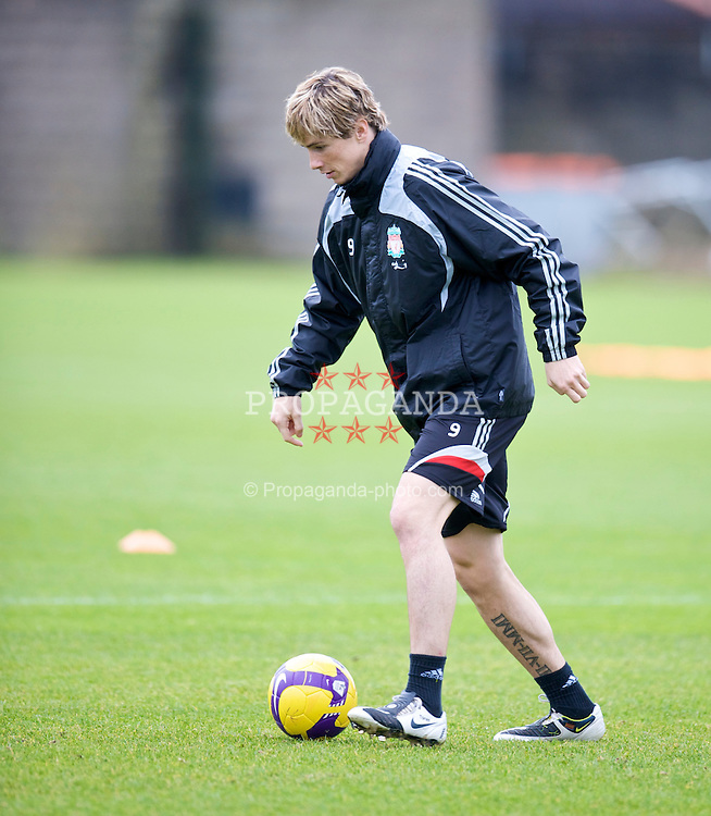 LIVERPOOL, ENGLAND - Friday, November 14, 2008: Liverpool's Fernando Torres during a training session at the club's Melwood training ground. (Photo by David Rawcliffe/Propaganda)