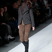 NLD/Amsterdam/20110130 - AIFW winter 2011, show L' Agence,