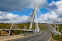 France, Finistère (29), parc naturel régional d'Armorique, Presqu'île de Crozon, Rosnoën, le nouveau pont de Terenez // France, Brittany, Finistere, Crozon, Rosnoen, Terenez bridge