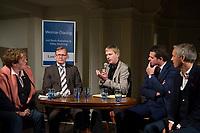 DEU, Deutschland, Germany, Weimar, 03.12.2014:<br /> Weimar-Dialog in der Jakobskirche. V.l.n.r.: Gerlinde Sommer, stv. TLZ-Chefredakteurin, Bodo Ramelow, Fraktionsvorsitzende von DIE LINKE in Thueringen, Christian Dietrich, Stasi-Beauftragter in Thüringen,  Mike Mohring, Fraktionsvorsitzender der CDU in Thüringen, Martin Kranz, Chef des Kulturdienstes Weimar.