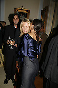 Wendy and Philip Knatchbull and ?, PARTY AFTER THE OPENING OF THE ANISH KAPOOR EXHIBITION AT THE LISSON GALLERY. Duchess Palace, 16 Mansfield St. London. W1. 10 October 2006. -DO NOT ARCHIVE-© Copyright Photograph by Dafydd Jones 66 Stockwell Park Rd. London SW9 0DA Tel 020 7733 0108 www.dafjones.com
