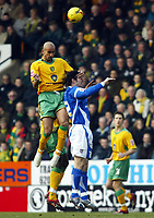 Photo: Chris Ratcliffe.<br /> Norwich City v Ipswich Town. Coca Cola Championship. 05/02/2006.<br /> Alan Lee of Ipswich is prevented from seeing the ball by Zesh Rehman of Norwich