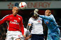 Mikael Silvestre scores for arsenal.Arsenal Vs Tottenham Hotspur at Emirates Stadium.<br /> Barclays Premiership. 29/10/2008. Credit Colorsport / Kieran Galvin