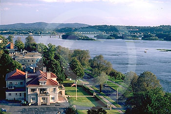 Harrisburg, PA, Front Street Mansion, Riverfront Park and Susquehanna River
