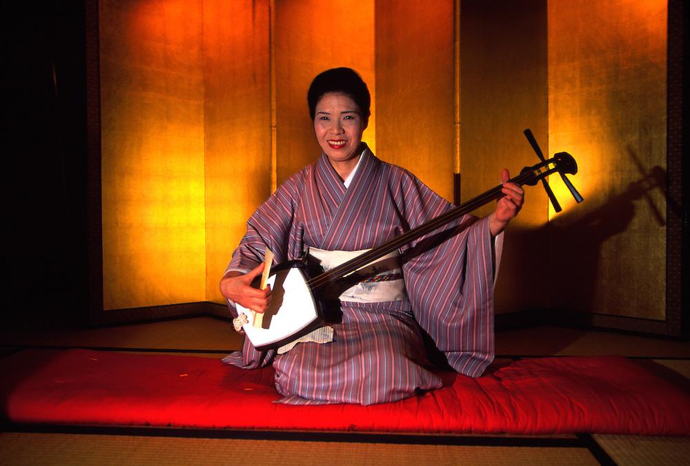 Geisha performing , Yamanaka Onsen (Yamanaka Hot Springs), Japan